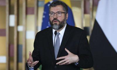 Renuncia el ministro de Relaciones Exteriores de Brasil, Ernesto Araújo