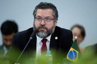 Renunció el canciller de Brasil – Prensa 5