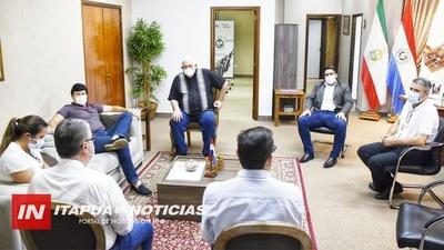 GOBERNADOR RECIBIÓ A COMITIVA DE AUTORIDADES DEL MINISTERIO DE SALUD.