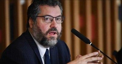 La Nación / Renunció ayer el canciller de Brasil
