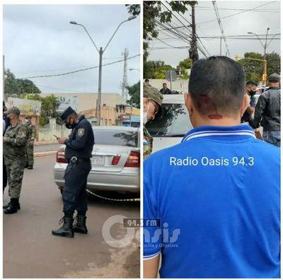 Asaltan a policía y funcionario de Supermercado en PJC