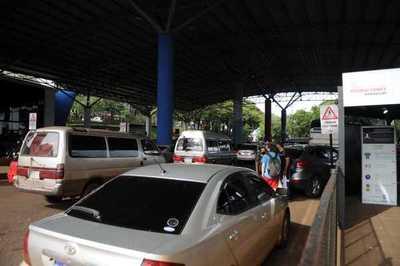 Paraguayos que regresan del Brasil no realizan el test de covid