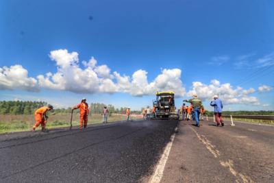 Rehabilitación y mantenimiento de la ruta PY22 registra 98% de avance