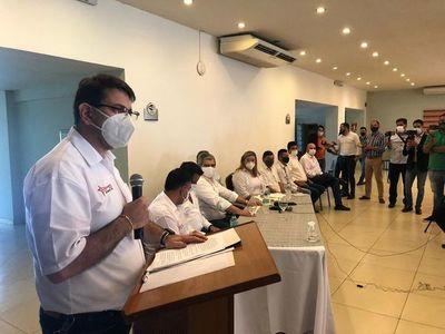 Doctor Pallarolas renuncia a precandidatura a la intendencia de CDE