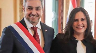 Decisiones de asesora Verioska Velasco generan molestias en el entorno presidencial