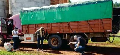 Chófer muere aplastado por su propio camión