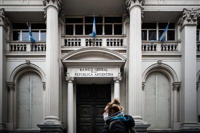La deuda externa de Argentina cerró 2020 en 271.505 millones de dólares