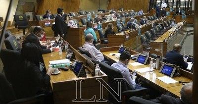 La Nación / Diputados instan a Sedeco a controlar a farmacias por precios de medicamentos