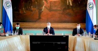 La Nación / Confundiendo discurso con informe de gestión, Abdo habló tras casi un mes