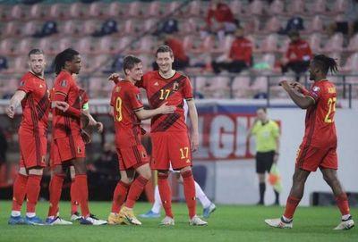 Bélgica exhibe su poderío ofensivo