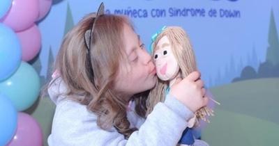 ¡Llegó Vichi! La primera muñeca con síndrome de Down
