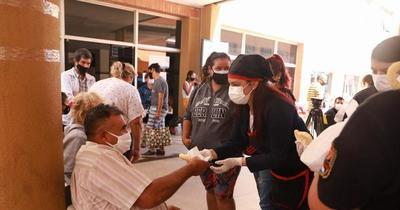 Internas del Buen Pastor elaboraron chipas que fueron donadas a familiares de enfermos