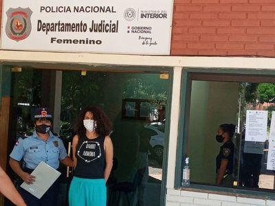 Imputada por quema de la ANR fue derivada al Departamento Judicial