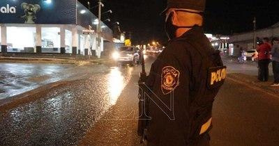 """La Nación / Denuncian """"apriete"""" policial cuando iban de urgencia al Ineram"""