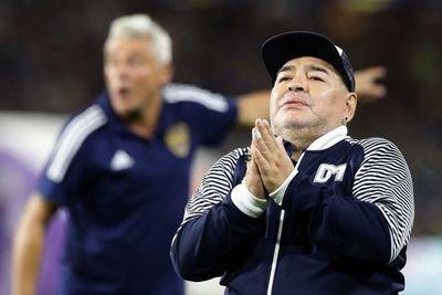 Justicia argentina pide información sobre bienes de Maradona