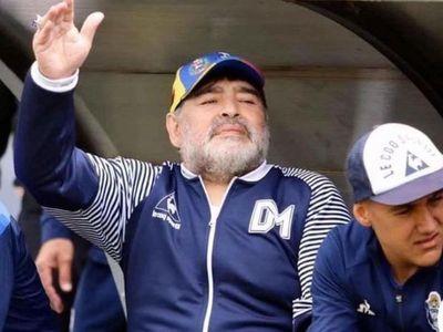 Justicia argentina pide información sobre bienes de Maradona a siete países