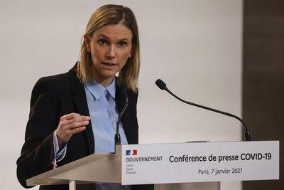 La UE podría prescindir de AstraZeneca en el segundo semestre, dice Francia