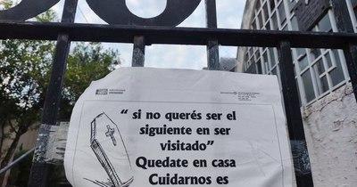 """La Nación / """"Si no querés ser el próximo en ser visitado, quedate en tu casa"""", advierten desde el cementerio"""