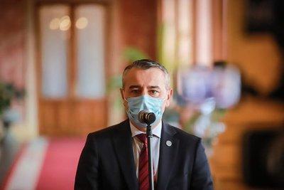 """Centurión destaca """"esfuerzo"""" del Gobierno en la lucha contra la pandemia"""