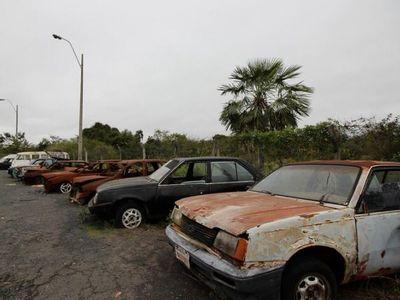 Destruirán más de 5.000 vehículos que están abandonados en la Caminera