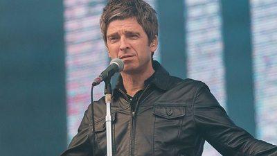 Noel Gallagher quiere que Foo Fighters se separe después de que la banda pida la vuelta de Oasis
