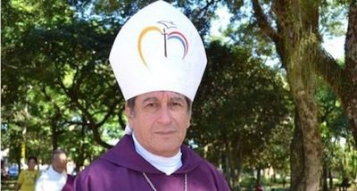Monseñor Ricardo Valenzuela nota desorientado al presidente Marito