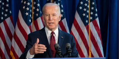 Biden despide a 40 expertos contratados por Trump para temas de medioambiente