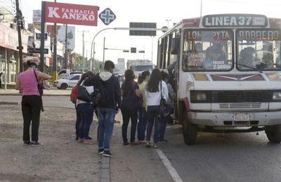 Colorados rechazarán ley que castiga a los transportistas por las reguladas