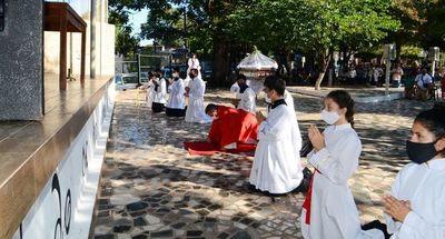 Limitado número de fieles en conmemoraciones de Ñemby