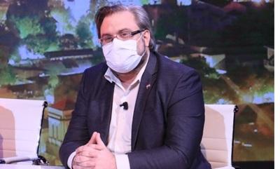 """Doctor Fusillo: """"Hoy no hay cama ni para Marito"""""""