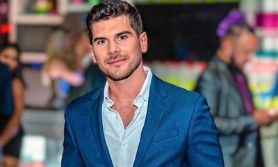 Tildan a Carlos Viveros de homofóbico tras un polémico live