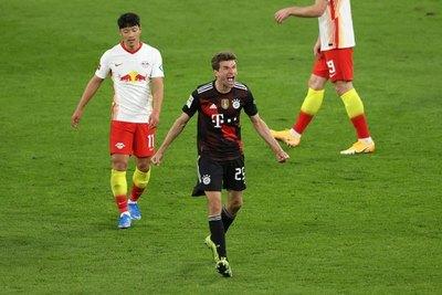 Bayern da un gran paso hacia el título al vencer a su rival directo