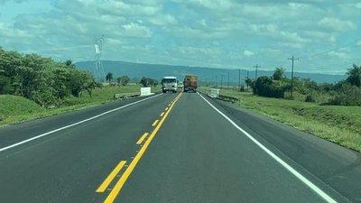 Avanzan obras de mejoramiento vial en 160 km de ruta