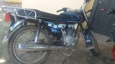Supuesto motochorro no pudo llegar muy lejos con celular robado y fue detenido por Linces