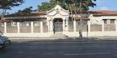 Crónica / Cierran tres cárceles por casos positivos de covid