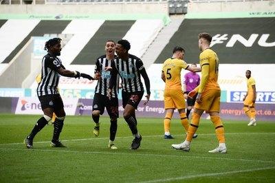 Con Almirón siendo determinante, Newcastle empata ante el Tottenham