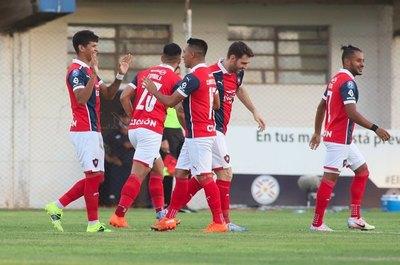 Fernando Ovelar, la gran novedad en los convocados de Cerro