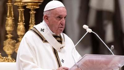 Papa Francisco pide compartir vacunas con los países pobres en una Pascua marcada por la pandemia