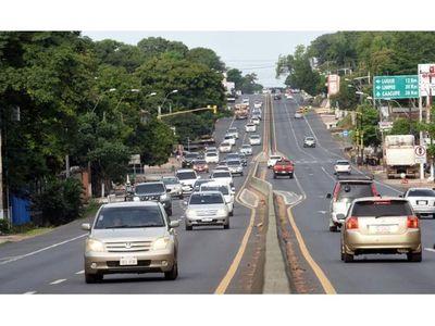 Calmo retorno  de vehículos en ruta