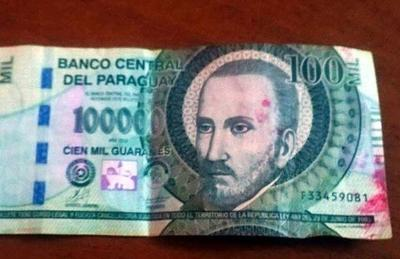 Policía alerta ante circulación de billetes entintados – Prensa 5