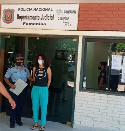 Estudiante detenida por la quema de la ANR amenaza con huelga de hambre