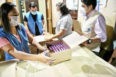 Entregan 28.500 hisopos para pruebas COVID-19 en el Alto Paraná