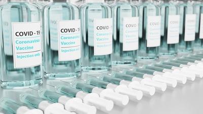 Autorizan vacunas Covaxin: se completará inmunización de personal de blanco