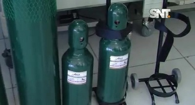Escasean cilindros para oxígeno
