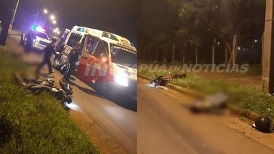 HALLAN A UN MOTOCICLISTA FALLECIDO SOBRE LA AVDA. AUGUSTO ROA.