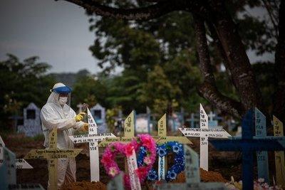 Récord de fallecidos: Brasil reportó 4.195 muertes por COVID-19 en las últimas 24 horas