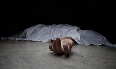 Asesinan a balazos una mujer en su despensa