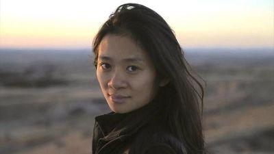 """Directora de """"Nomadland"""" no está lista para hacer un film sobre su infancia en China"""