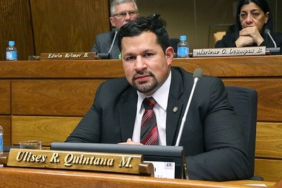 Ulises Quintana anuncia que pedirá a EEUU a analizar nuevamente su caso.