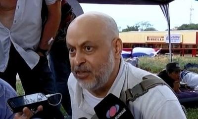(Video) Payo Cubas y compañía,  a los golpes con la policía